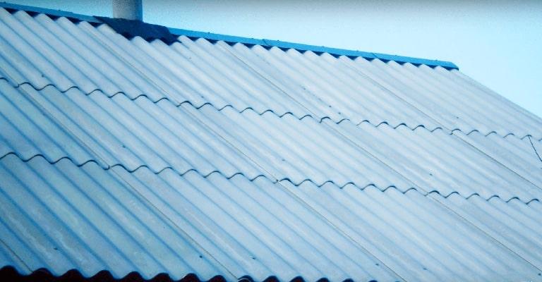 Кровельные работы на шиферной крыше